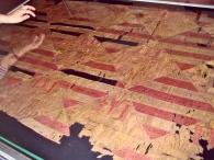 A magyar-Anjou címeres selyemkárpit