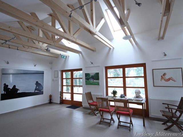 Ladócsy Műterem-Galéria